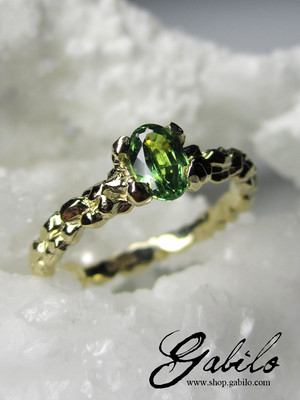 Goldring mit Demantoid