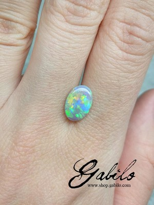 Australian opal oval cut 1.13 ct
