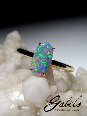 Opal goldener ring