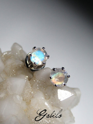 Moonstone gold earrings