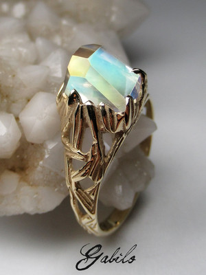 Rainbow moonstone goldener ring