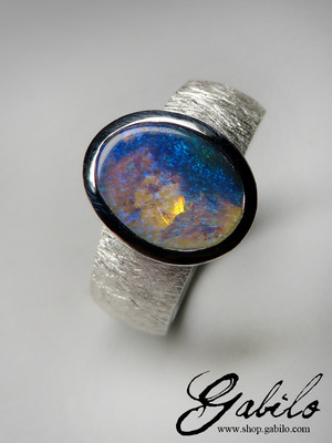 Made to order: Ring mit schwarzem Opal in Silber