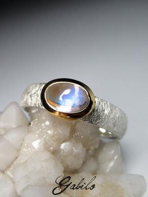Made to order: Moonstone silver ring