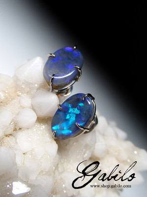 Black opal 14k gold ohrringe