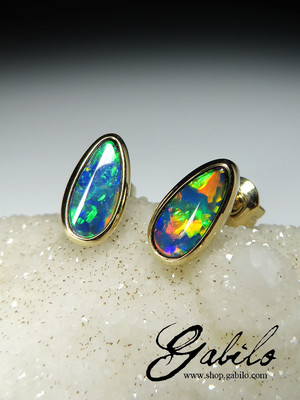 Made to order: Doublet opal gold earrings