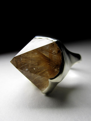 Rutilated quartz silver ring