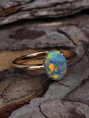 Black Australian opal gold ring