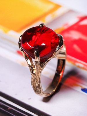 Amazing mexican fire opal gold ring