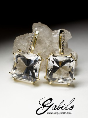 Rock Crystal Gold Earrings with Diamonds